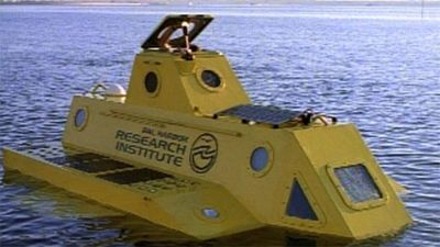 Submersible (aka Yellow Submarine)