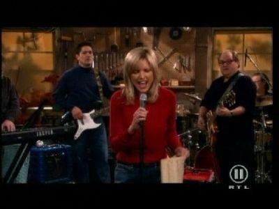 Cheryl Sings