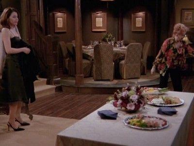 Daphne Does Dinner