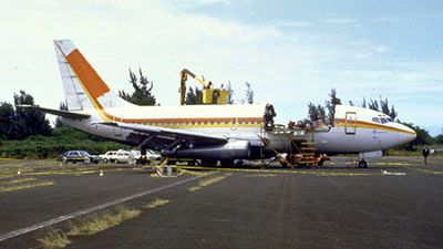 Hanging by a Thread (Aloha Airlines Flight 243)