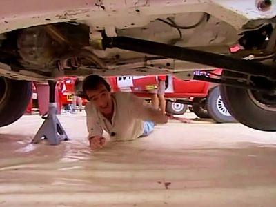 Le rallye dans le désert : les Sorciers roulent des mécaniques !