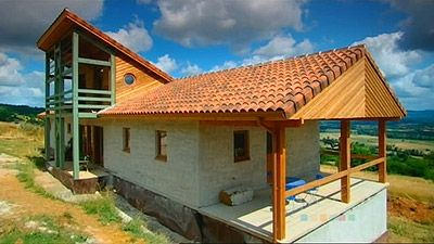 Lot, France: House From Straw