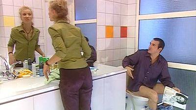 Dans la salle de bain (2)