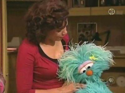 Hide & Go Dance? (Rosita Gets Upset at Zoe & Abby)