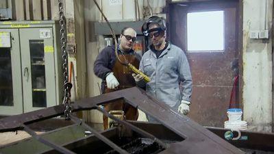 Locomotive Builder