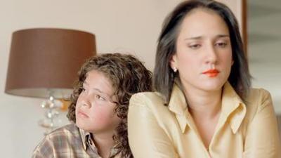 Atentan contra Pablo Escobar y su familia
