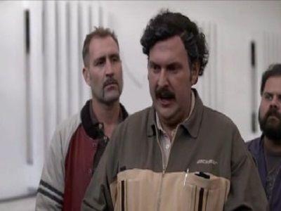Escobar se entrega a las autoridades