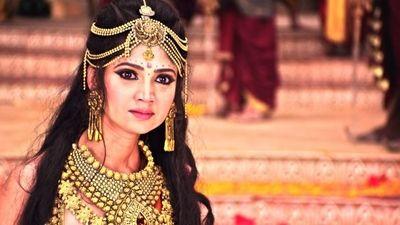 Amba orders Bhishma to marry her