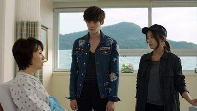 Hoon Meets Seung Hee