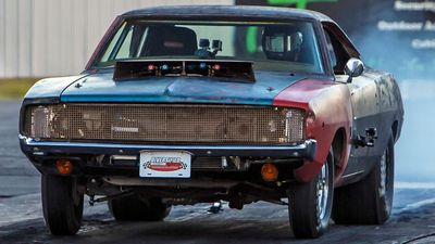 General Mayhem: 707HP Hellcat Engine in a 1968 Charger!