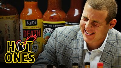 Anthony Rizzo On Chicago Cubs Rivalries & Baseball Superstitions While Eating Spicy Wings