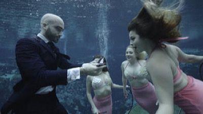 MIAMI: Head Under Water