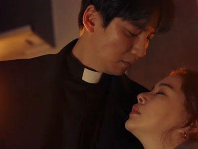 Hae Il Saves Kyeong Seon
